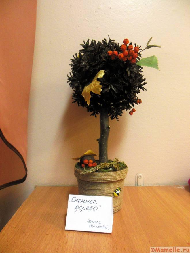 дерево счастья из шишек фото