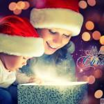 Новогодние подарки для детей: что положить под елочку?