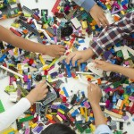 HighRes_LEGO-Classic_bricks-and-hands