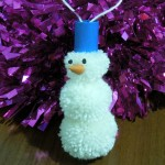 снеговик из помпонов фото